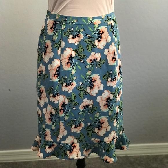 DownEast Dresses & Skirts - Downeast floral pencil skirt ruffle hem